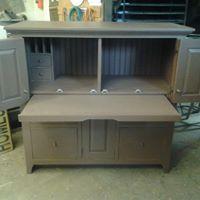 Cabinet 2B